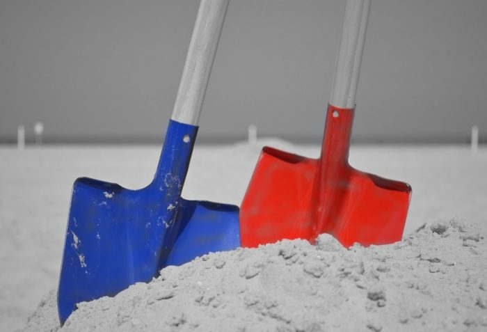 beach-sand-wing-tool-red-blue-629704-pxherecom